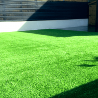 manor-fencing-area-new-artificial-grass-2